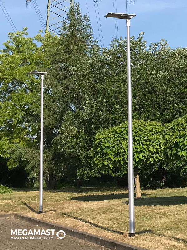 Lichtmasten-aus-Aluminium-mit-Solar-LED-Mastleuchten-von-SUNLEDS